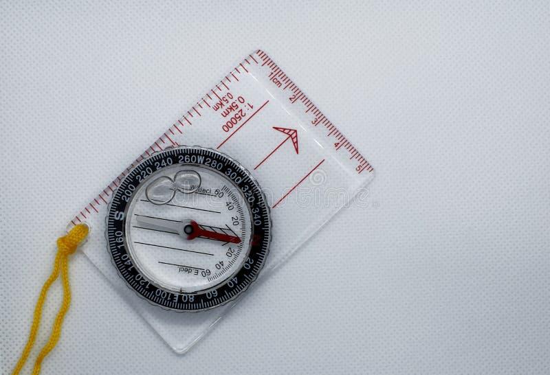 有统治者的塑料透明指南针 图库摄影