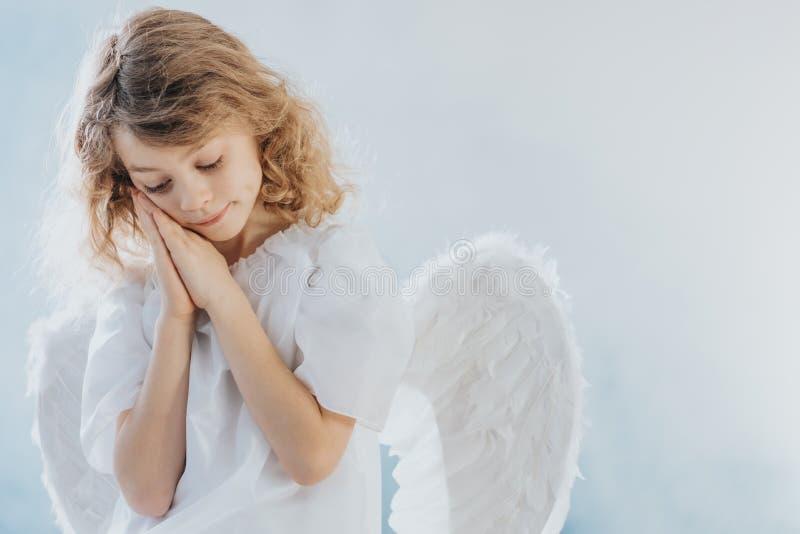 有翅膀的女孩 免版税库存照片