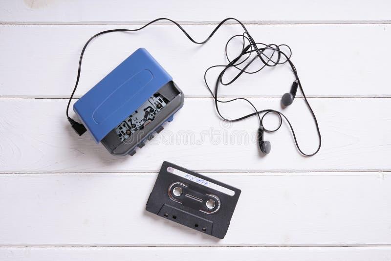 有耳机和mixtape的随身听录音机 免版税库存照片