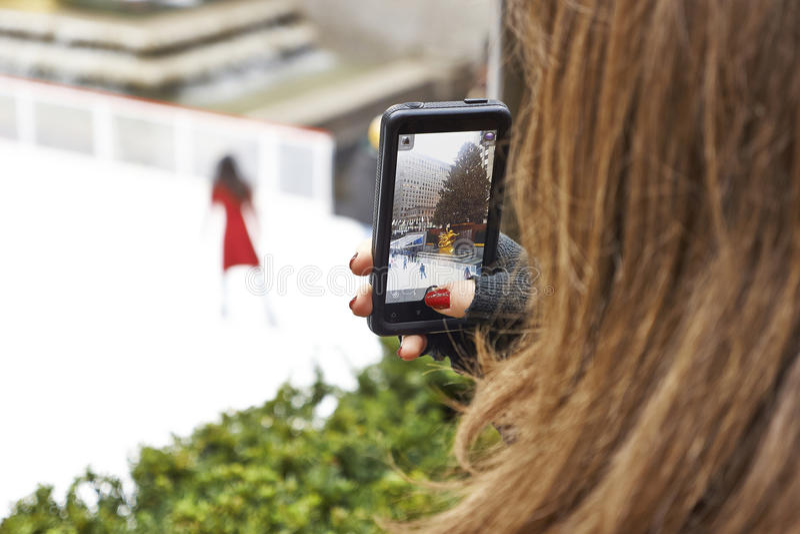 有聪明的摄制溜冰者 免版税库存照片