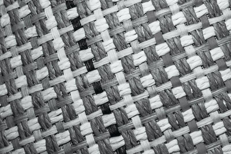 有色的纤维的柳条纹理帽子 免版税图库摄影