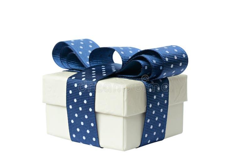 有蓝色弓的礼物盒 免版税库存图片