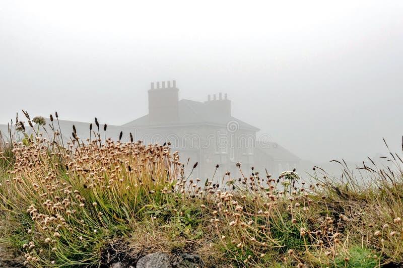 有薄雾的家 图库摄影