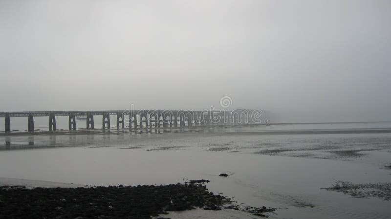 有薄雾的桥梁 库存图片