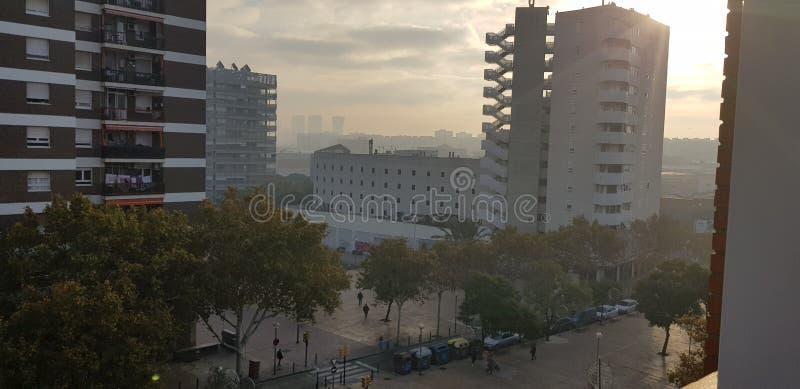 有薄雾的黎明 库存图片