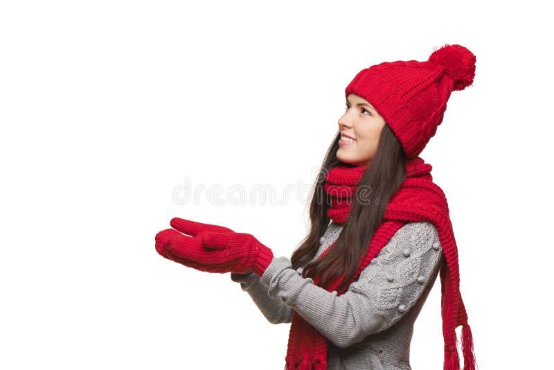 有被打开的棕榈的冬天女性 免版税库存图片