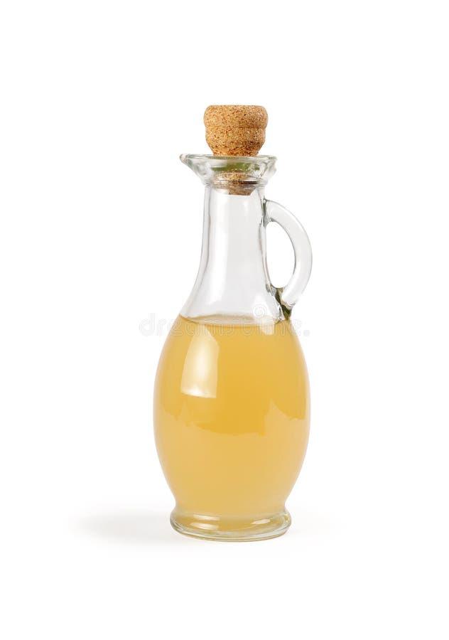 有被隔绝的苹果醋的蒸馏瓶 库存图片