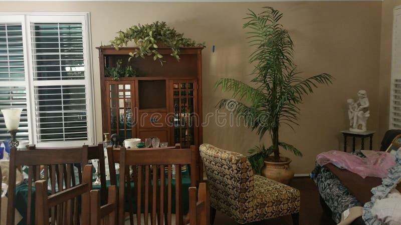 有角正餐内部客厅沙发无盖货车 免版税库存图片