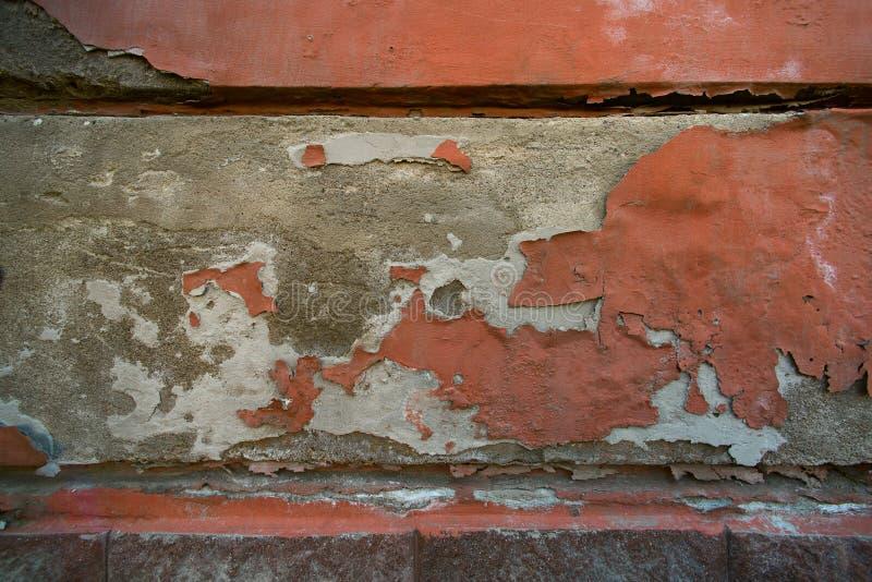 有跌下的墙壁膏药 免版税库存照片