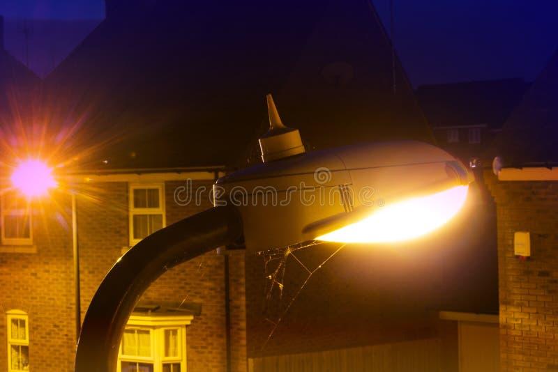 有软的焕发的温暖的路灯柱 免版税库存图片