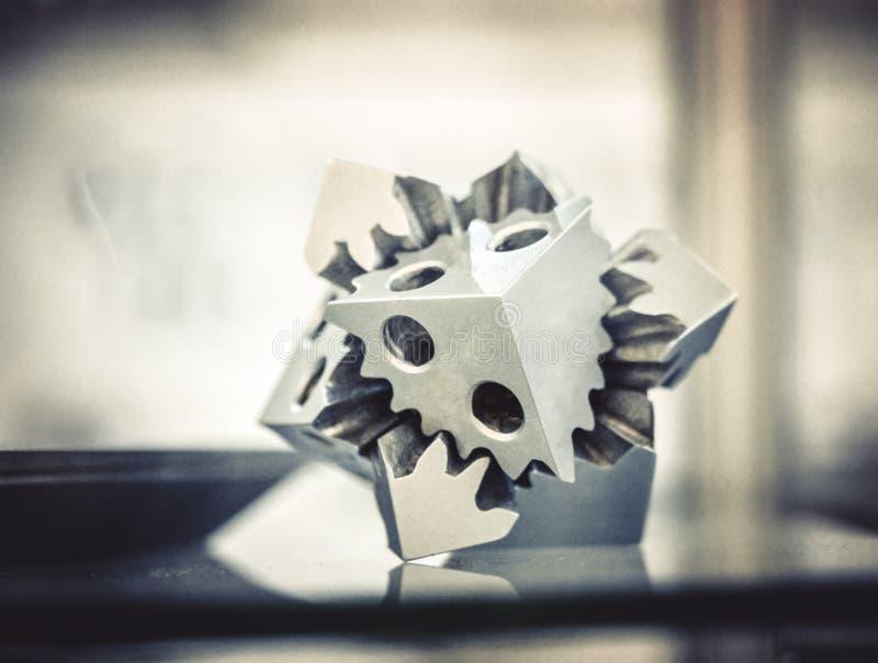 有选择性激光熔化 在金属3d打印机clos打印的对象 库存图片