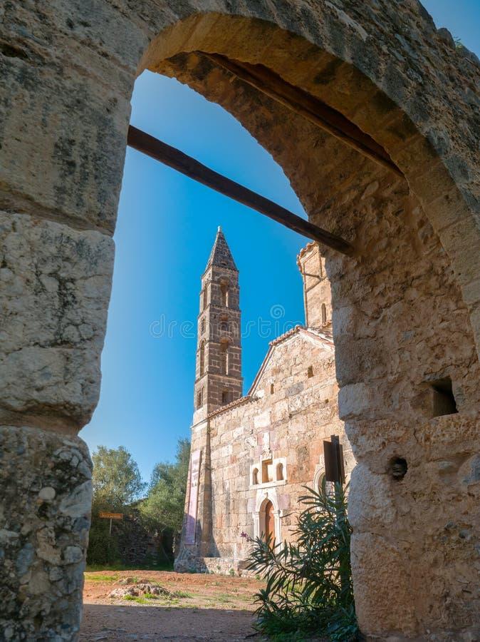 有钟楼的,伯罗奔尼撒,希腊老教会 免版税库存照片