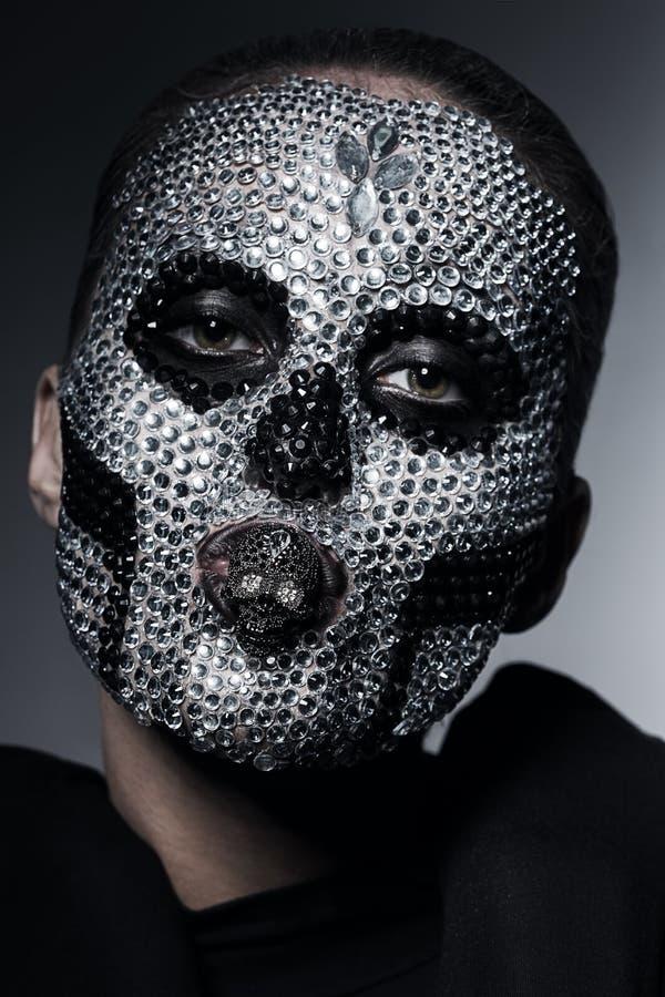 有银色假钻石的创造性的异常的妇女 免版税库存图片