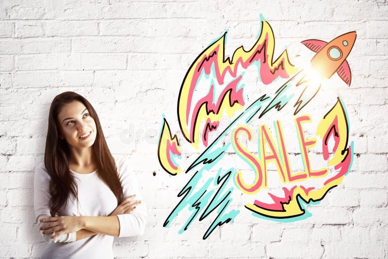 有销售剪影的微笑的妇女 免版税库存图片