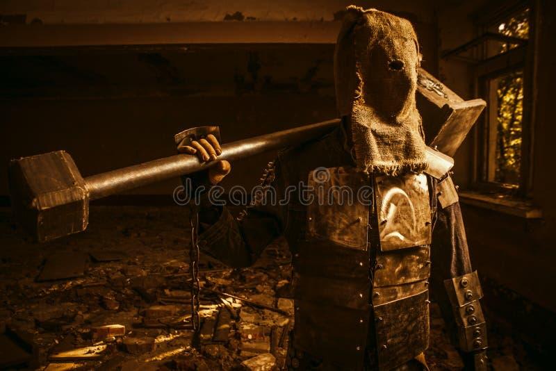 有锤子的入侵者 免版税库存图片