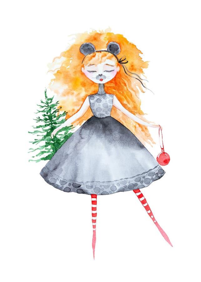 有长的红色头发的一个女孩穿戴作为圣诞节鼠 在拿着在另一个红色玩具球的一只手上一棵圣诞树 免版税库存图片