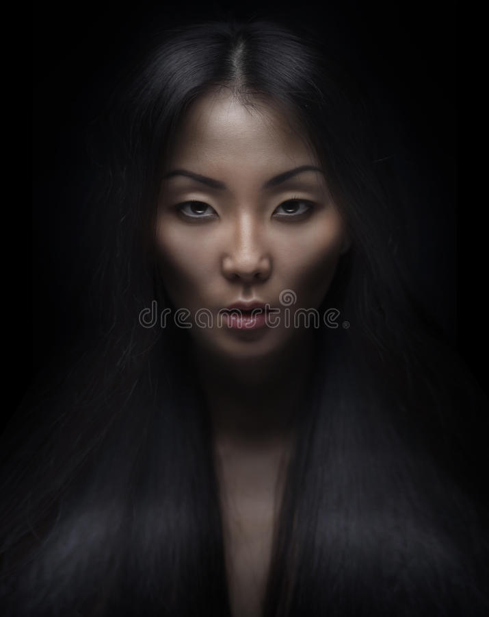 美丽的年轻亚裔妇女 库存照片