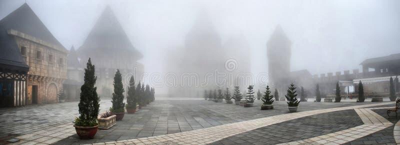 有雾的城镇 库存照片