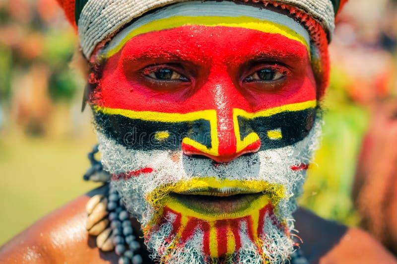 有面孔的人在颜色在巴布亚新几内亚 免版税库存图片