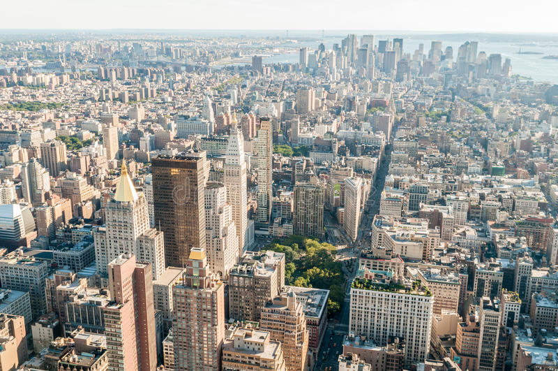 Download 有高摩天大楼的纽约全景 库存照片. 图片 包括有 港口, 地标, 商业, 状态, 曼哈顿, 亚马逊, 布鲁克林 - 72360888
