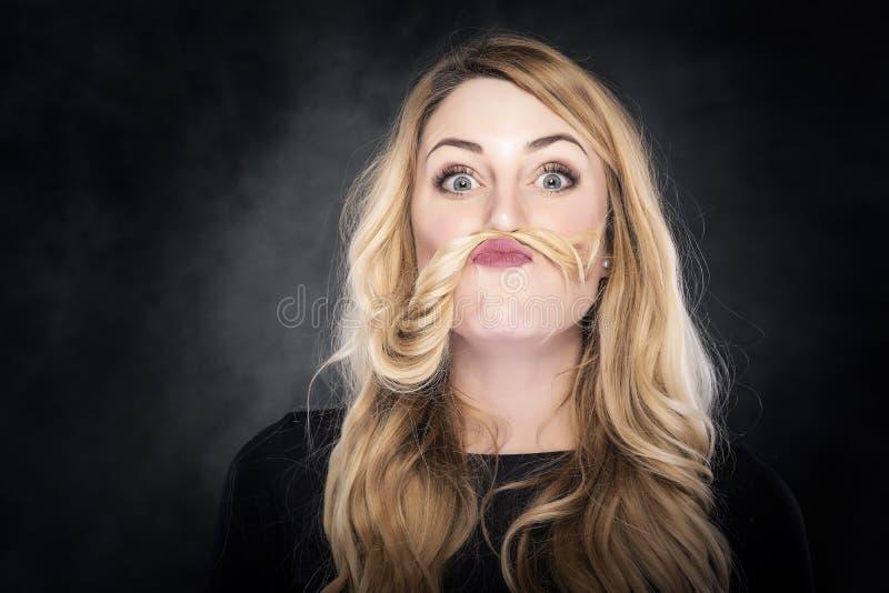 有髭的女孩 免版税库存照片