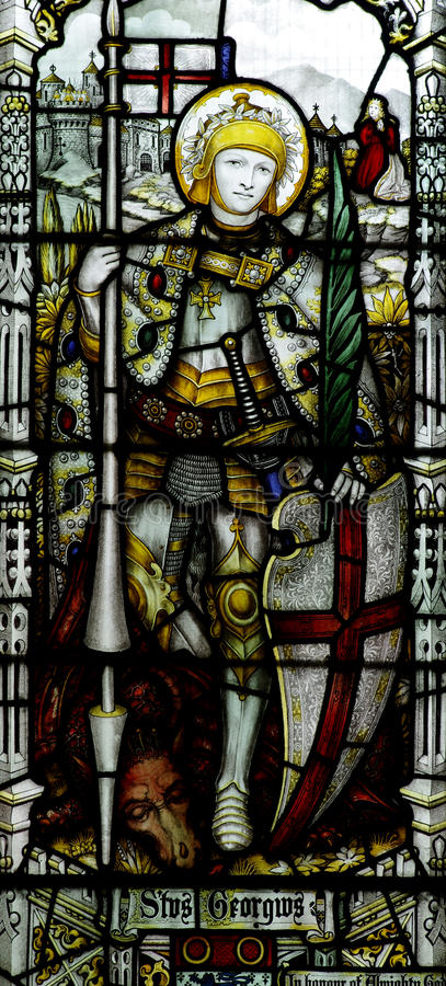 有龙的圣乔治在彩色玻璃 图库摄影