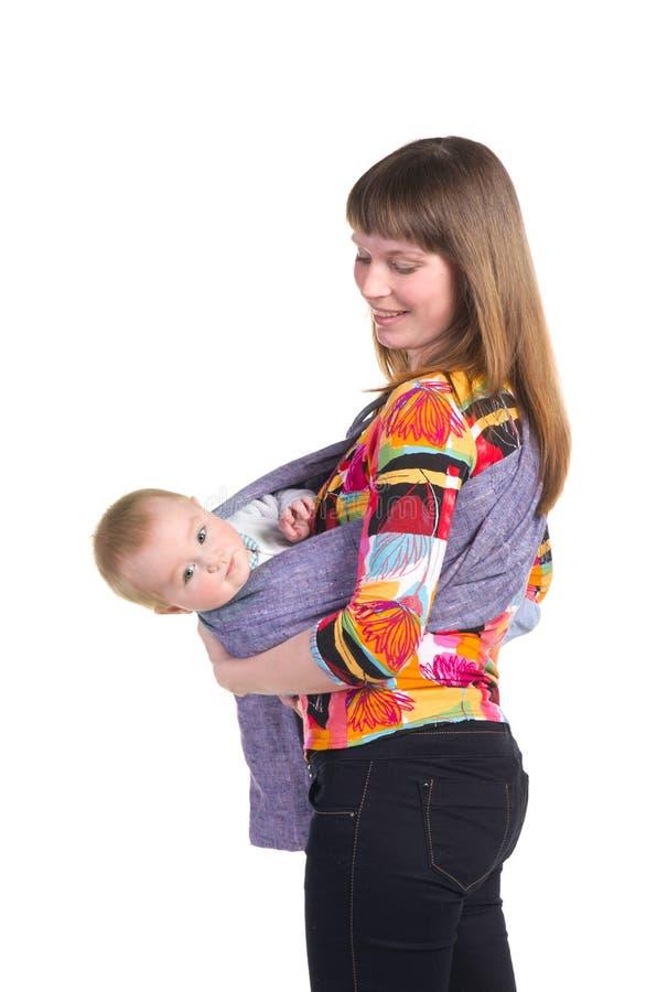 有婴孩的母亲吊索的 免版税库存图片