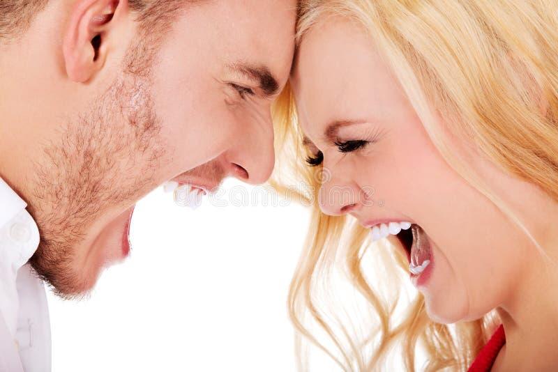 有年轻的夫妇争论 免版税库存照片