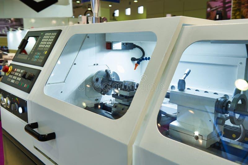 有CNC的现代车床 免版税图库摄影