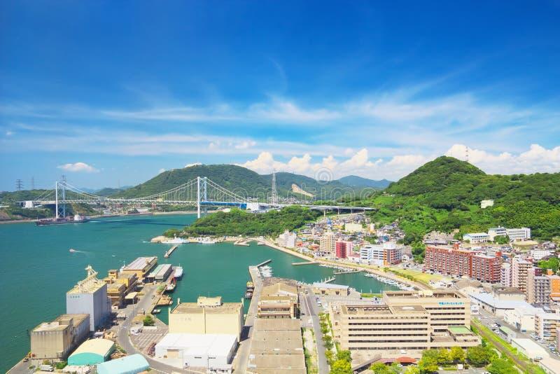 有Kanmonkyo桥梁的门司ku,北九州市 免版税库存图片