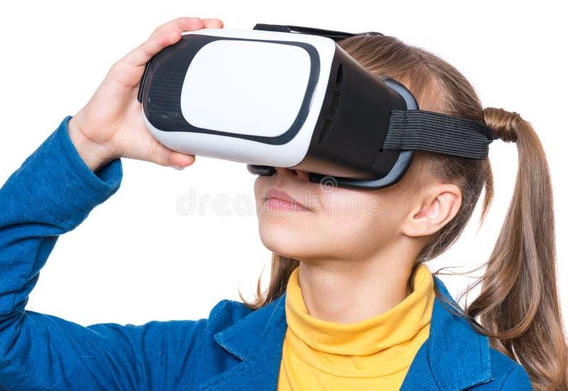 有VR的青少年的女孩 免版税库存照片
