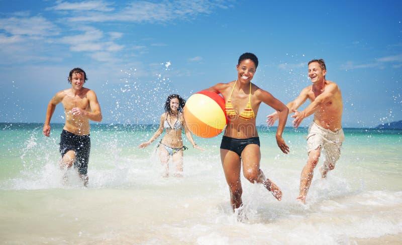 朋友小组统一性海滩党人概念 库存图片