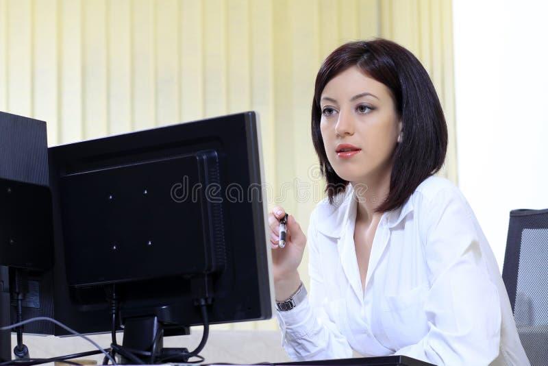 服务台她的办公室妇女 库存照片