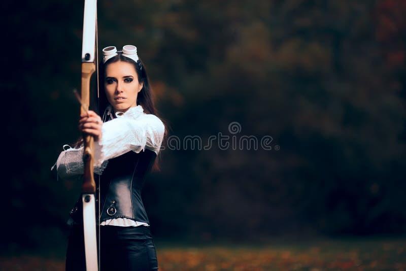 服装的女性阿切尔战士有弓箭的 免版税库存图片