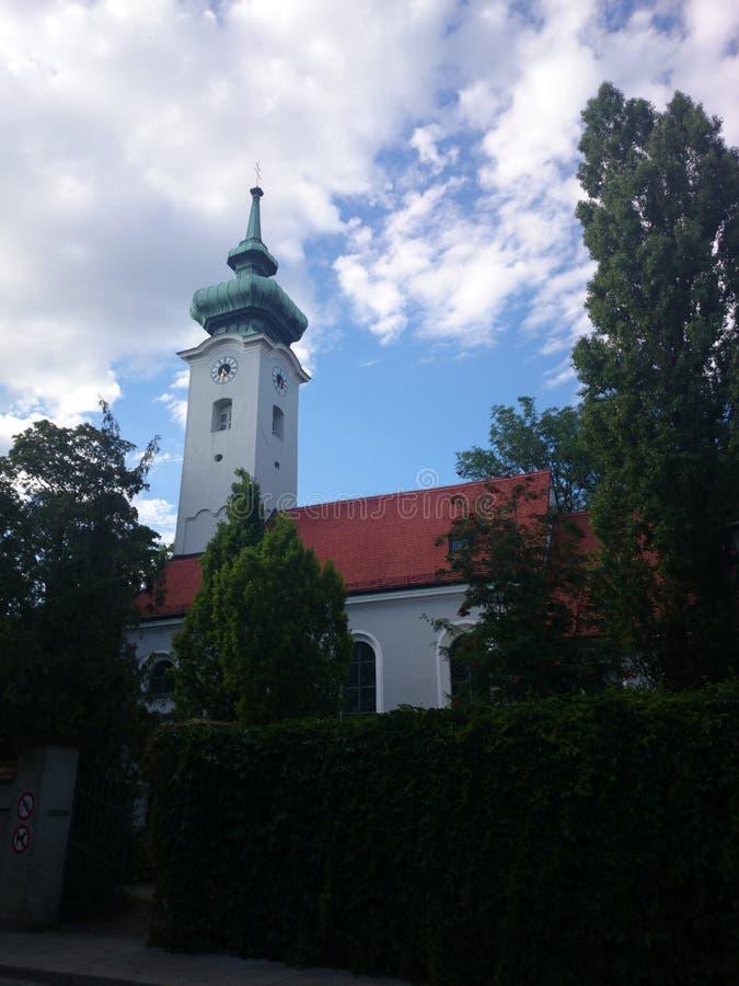晴朗的多云教会 库存照片
