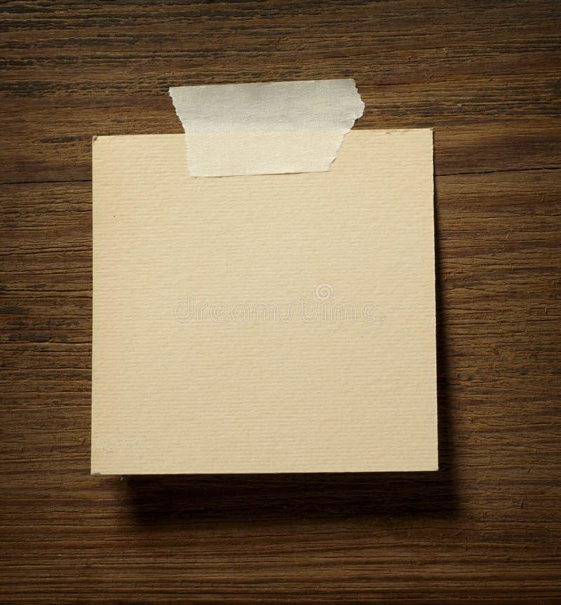 木便条纸的墙壁 库存图片