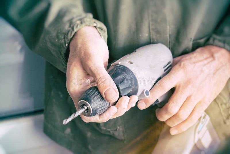 木匠保留电钻 库存图片