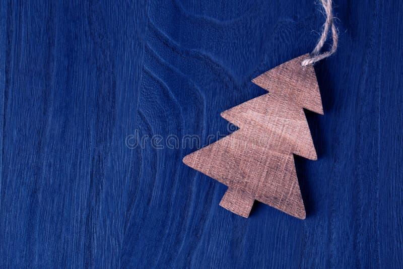 Download 木圣诞树 库存图片. 图片 包括有 季节性, 节假日, 晒衣绳, 灰色, 本质, 反气旋, 没人, 装饰 - 59105083
