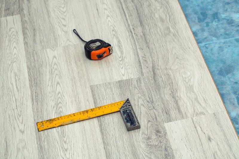 木地板设施和工具 免版税库存图片