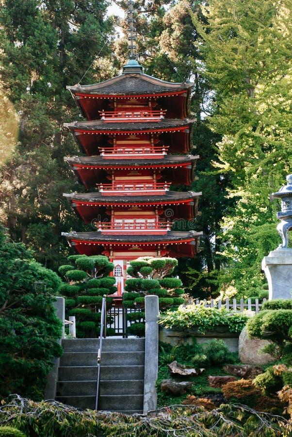 木塔在金门公园日本茶园里在夏天 免版税库存照片
