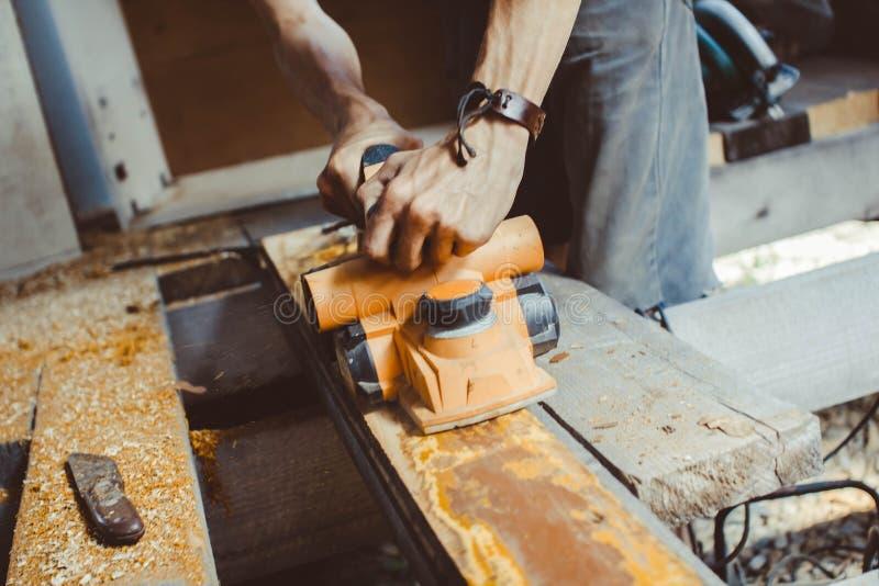木材加工整平机 免版税库存照片