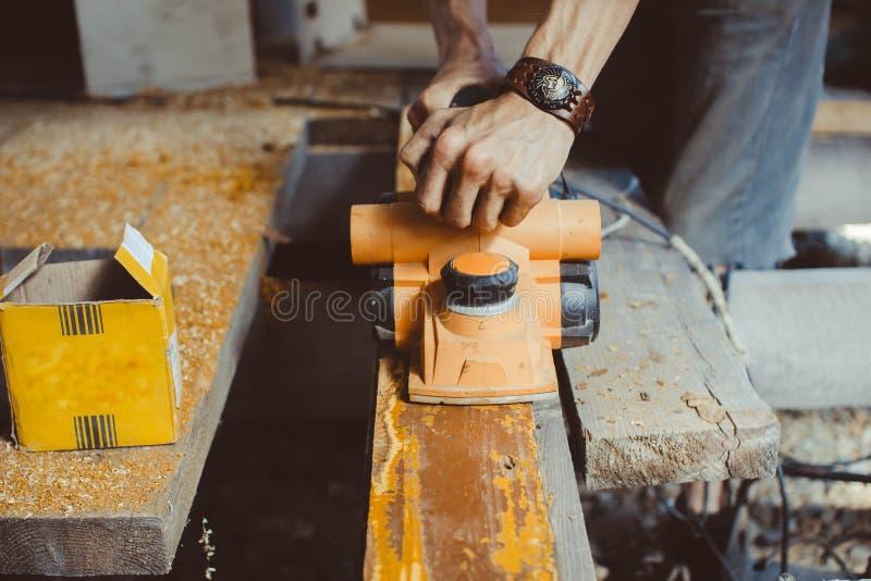 木材加工整平机 库存照片
