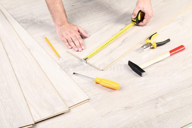 木材层压制品的地板 库存照片