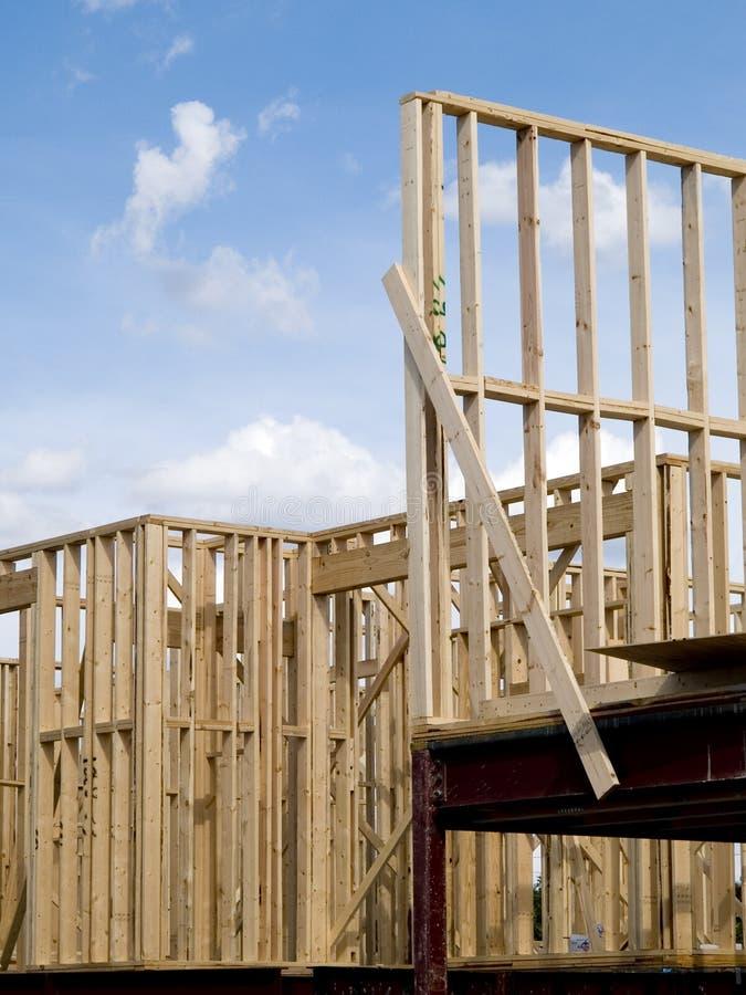木框架住宅建设库存照片  库存图片