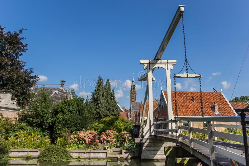 木桥和高耸在伊顿干酪 免版税库存照片