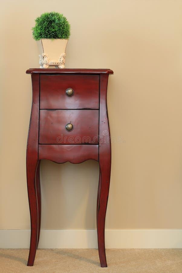 木梳妆台的家具 图库摄影