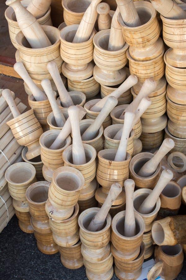 木灰浆和杵作为厨具 库存照片