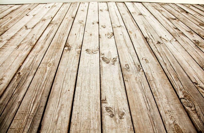 木甲板。 免版税库存照片