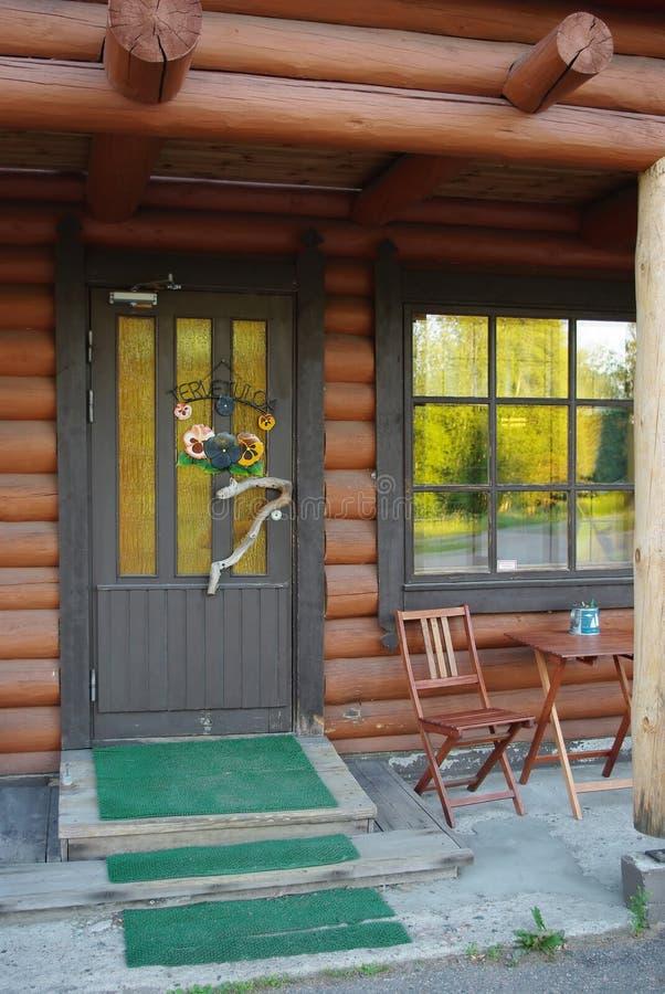 木的乡间别墅 库存照片