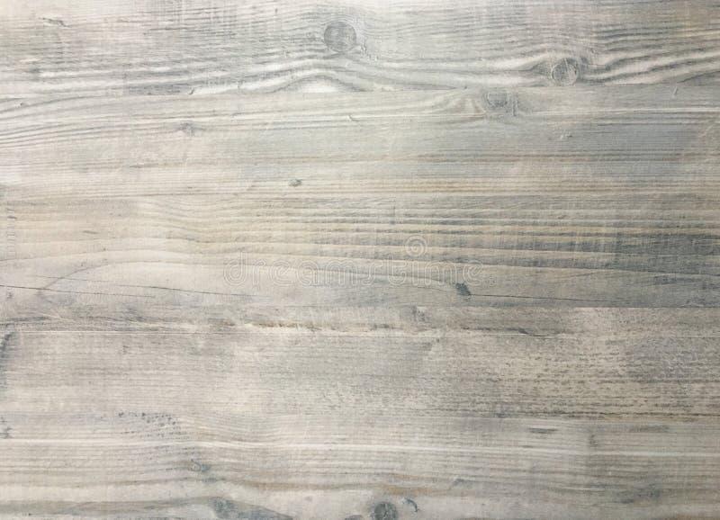 木纹理背景,黑暗的被风化的土气橡木 显示木纹纹理的退色的木被涂清漆的油漆 硬木洗涤了板条 库存照片